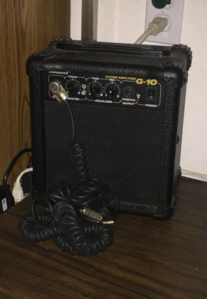 Guitar amp with chord for Sale in Fresno, CA