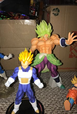 DRAGONBALL Z LOT (detailed photos) for Sale in Burbank, IL