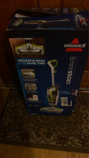 Steam mop with vacuum for Sale in Everett, WA