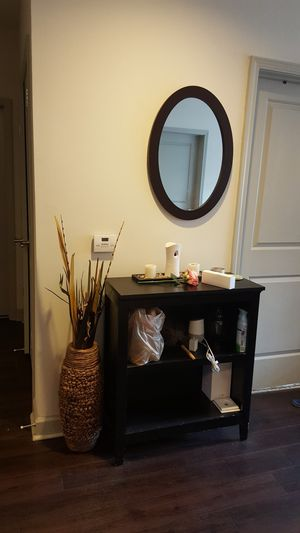 table and mirror for Sale in Nashville, TN
