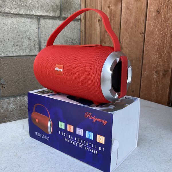 RECHARGEABLE BLUETOOTH SPEAKER ! (3-6 HOURS BATTERY LIFE-PORTABLE) MEMORY SLOT-USB SLOT-AUX INPUT (Charger & Aux Cord included) NEW ! (BRAND NEW IN BO
