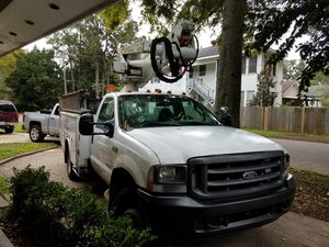 Bucket truck 2003 f550 for Sale in Alexandria, LA