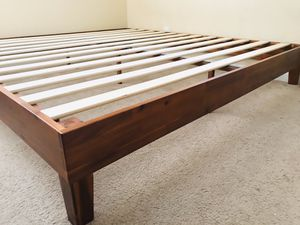 New King Size Wooden Bed Frame for Sale in Fresno, CA