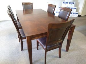 Dining Room Table Set for Sale in Woodbury, NJ