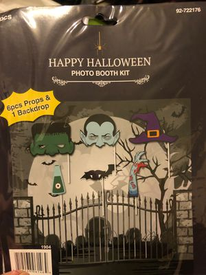 Halloween photo booth kit 6pcs props & 1 back drop for Sale in Ontario, CA