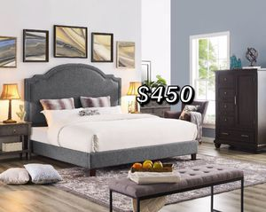 KING BED FRAME WITH MATTRESS for Sale in Hawaiian Gardens, CA