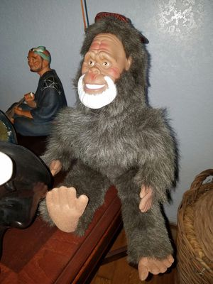 """18"""" vintage plush Harry and the Hendersons doll for Sale in Virginia Beach, VA"""
