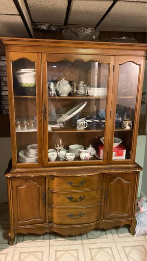 Antique China cabinet for Sale in Dearborn, MI