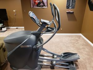 Octane Q47 Elliptical w/ Deluxe Counsel for Sale in Crystal Lake, IL