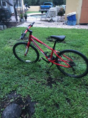 Specialized hotrock hybrid 24in bike for Sale in BVL, FL