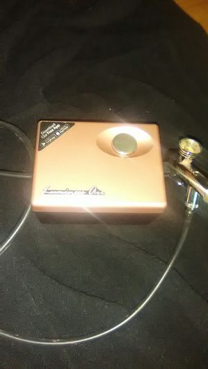 Lumminess Air- Air brush makeup! for Sale in Dallas, TX