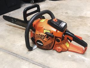"""Echo Chainsaw CS-400 18"""" 40.2 cc Gas 2 stroke for Sale in Roseville, CA"""