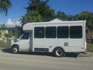 E 450 shuttle bus for Sale in Dania Beach, FL