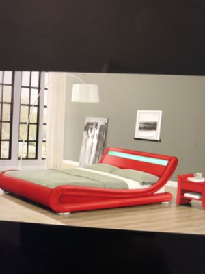 Queen bed frame no mattress $$399 brand new in a boxes for Sale in Lauderdale Lakes, FL