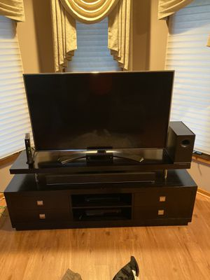 Entertainment center with towers for Sale in Crest Hill, IL