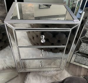 Mirrored nightstand for Sale in St. Louis, MO