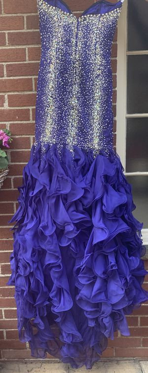 Size small formal gown with sequence worn one time for Sale in Dearborn, MI