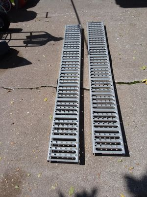 Larin steel loading ramps for Sale in Bettendorf, IA