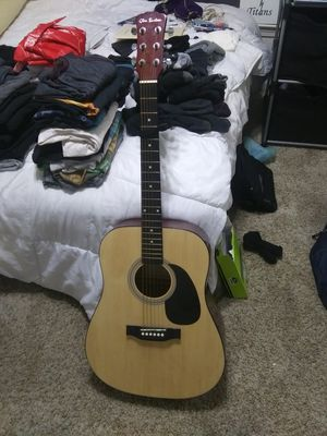 Accoustic Guitar (Stem cracked) for Sale in Nipomo, CA
