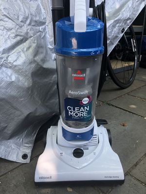 Bissell vacuum cleaner for Sale in Alexandria, VA