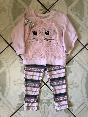 24M baby girl clothes for Sale in Riverside, CA