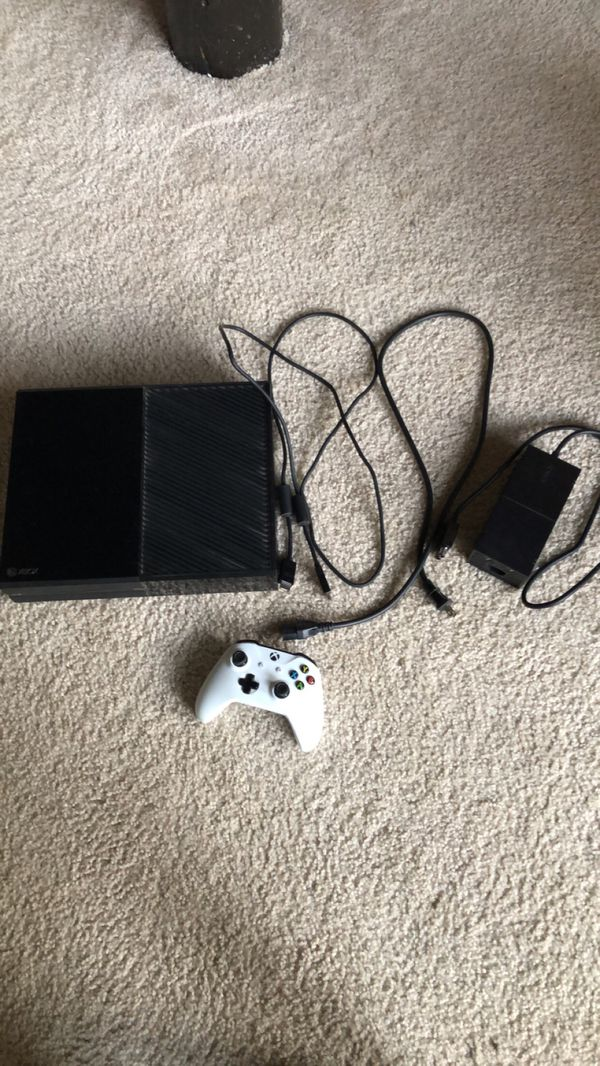 Xbox one with all wires, one controller and 7 games