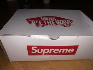Shoes vans supreme sk8 - mid pro for Sale in Chicago, IL