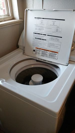 Kenmore washer and dryer set for Sale in Glendale, CO