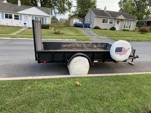 Tractor supply 2016 trailer 5.5 x10 ft for Sale in Middletown, PA