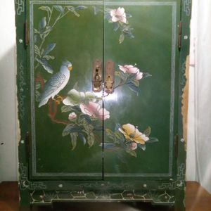 China cabinet for Sale in Luling, TX