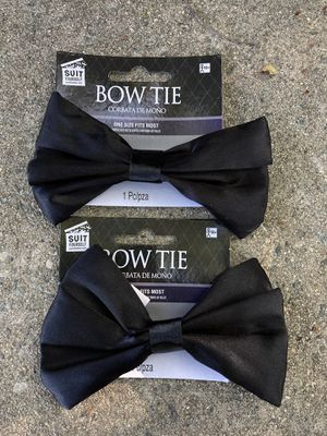 2 Black Bow Tie, Look 👀 pictures for details $5.00 for Sale in Azusa, CA