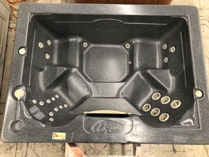 L.A. Spas 5x7 open seated 110v plug in hot tub for Sale in Oregon City, OR