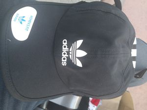 ADIDAS WOMENS FIT. for Sale in Las Vegas, NV