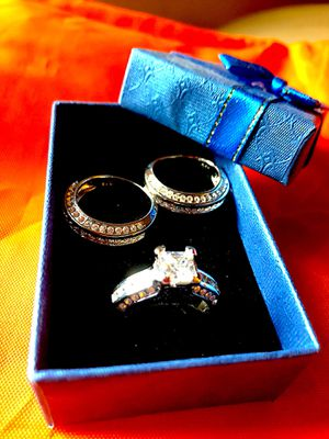 Diamond 10ct CZ - 14K White Gold (3in1) Wedding Band Set! Negotiable for Sale in Bronx, NY