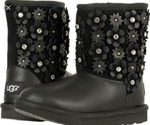 Kids Short Petal UGG boots for Sale for sale  Queens, NY