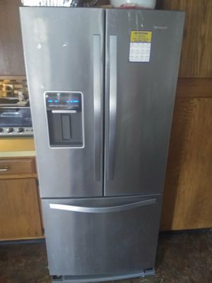 Lg fridge for Sale in Fallsington, PA