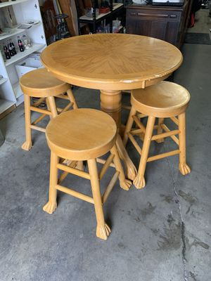 Bar high table and stools for Sale in Salt Lake City, UT