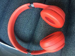 Red beats by Dre solo 3 wireless for Sale in Milwaukee, WI