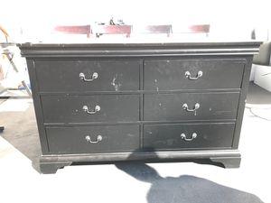 Black dresser for Sale in Glendale, CA