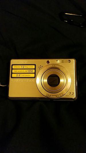 Sony Cyber-shot DSC-S730 7.2 MP Digital Camera - Silver for Sale in Seattle, WA