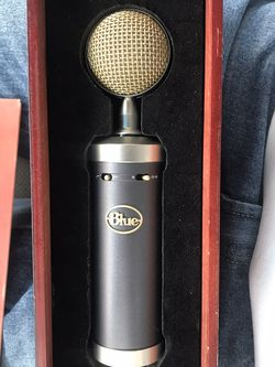 Baby Bottle blue Microphone for Sale in Charleston,  SC