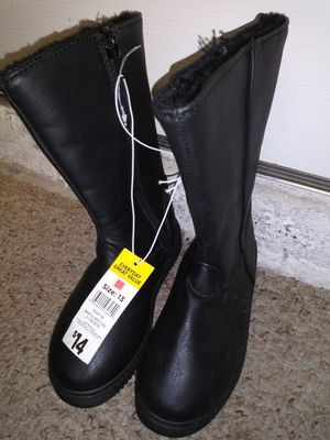 NEW GIRLS BOOTS SIZE 13. $5. FIRST $5 GETS THEM for Sale in Port St. Lucie, FL