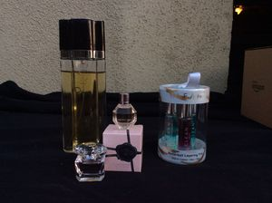 Oscar de la Renta, mini parfum of FowerBomb, Versace Bright Crystal mini parfum and Clean fragrances. Has 3 roller balls for Sale in Grand Terrace, CA