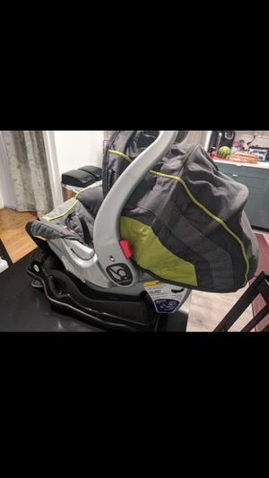 Brand New Infant car seat for Sale in Silverdale, WA