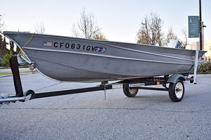 14'25″ 1980 Valco Boat U-14C Hawk Aluminum Fishing Boat & Trailer for Sale in Beverly Hills, CA