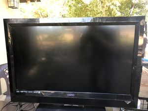 Visio tv for Sale in Beaumont, CA