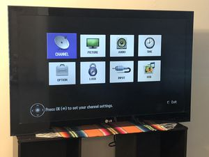 $200, LG smart tv, 45 inches, works great, no remote. for Sale in Trenton, NJ