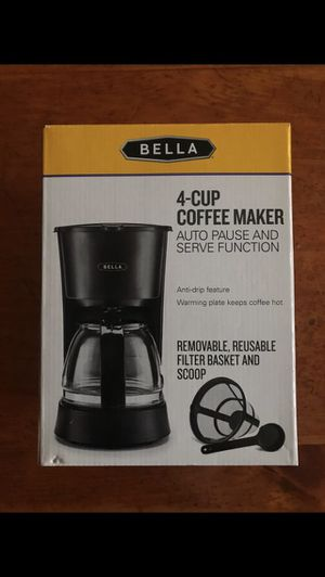 New inbox 4 cup coffee maker for Sale in Deerfield Beach, FL