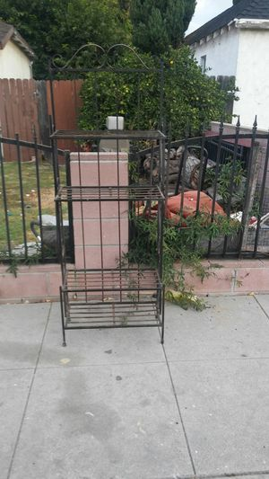 Flower pot metal stand for Sale in Compton, CA