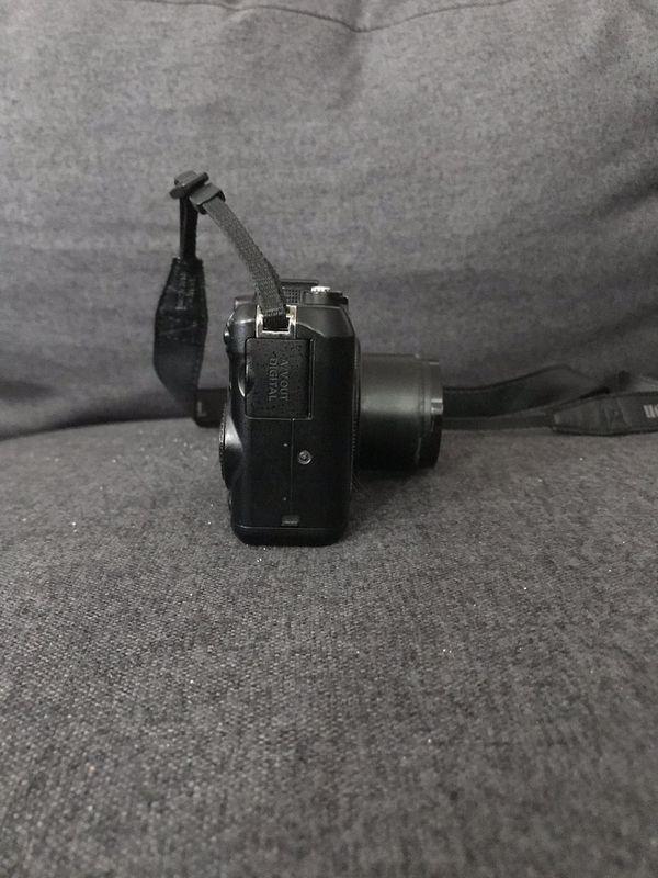Cannon powershot G9 camera